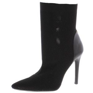 Guess Womens One Girl Pointed Toe Sock Boot